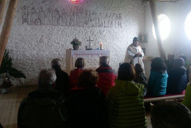 Segnung der Freschenkapelle durch Pfarrer Ernst Ritter.
