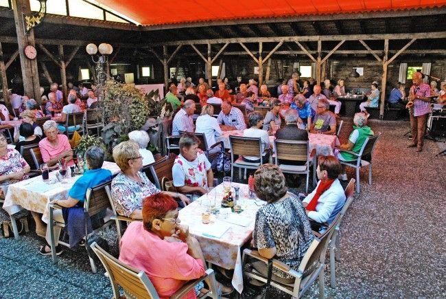 Der Dornbirner Seniorenbund ladet jedes Jahr die Mitglieder zum gemütlichen Sommerfest ein