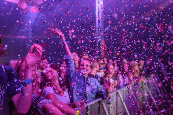 Ab sofort gibt es die Szene Openair-Bänder für Festival- und VIP-Pässe im aha.