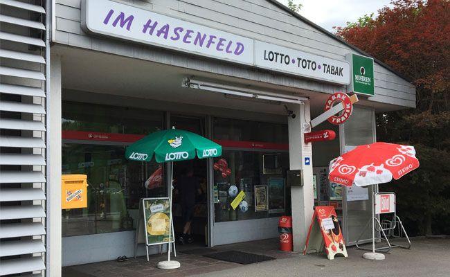 Die Kioskbesitzerin warnt auf Facebook vor der Masche.