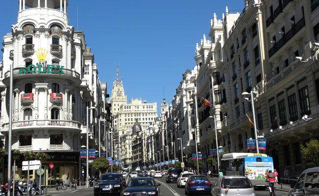 In Spanien gibt es bei Autofahren und Co. einiges zu beachten