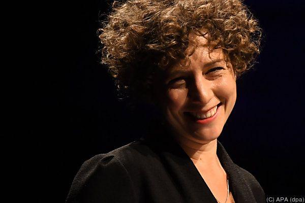 Sasha Marianna Salzmann erhält Preis für junge Künstler