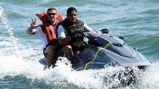 Peinlich! Lukas Podolski als Flüchtling dargestellt