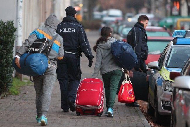 EU mahnt Wien und Berlin zu mehr Abschiebungen