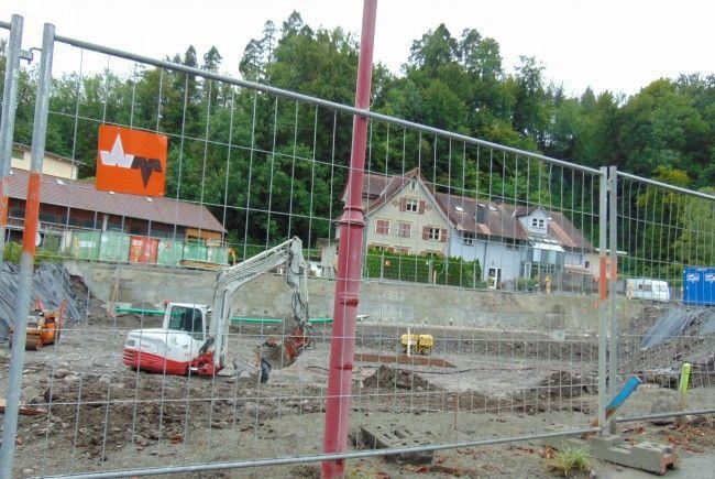 An der Badstraße wurde mit den Aushubarbeiten begonnen