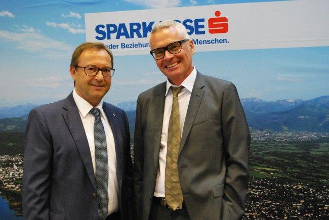 Werner Böhler, Sprecher der Vorarlberger Sparkassen,Harald Salzmann Sparkassen REAL-Geschäftsführer (vl)