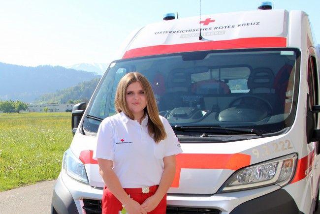 Sarah Rigo absolviert derzeit ihr Freiwilliges Sozialjahr in der Rotkreuz-Abteilung Feldkirch.