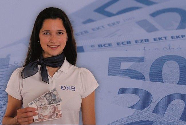 """Die Eurobus-Tour 2017 steht ganz im Zeichen der 500-ATS-Banknote """"Otto-Wagner"""" und der 1000-ATS-Banknote """"Erwin Schrödinger"""". Beide Banknoten sind nur noch bis April 2018 umtauschbar."""