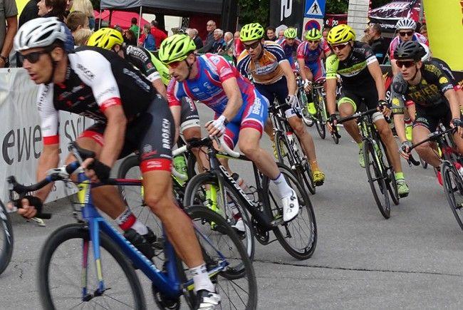 Spannende Rad-an-Rad-Kämpfe gab es beim Stadtkriterium zu sehen.