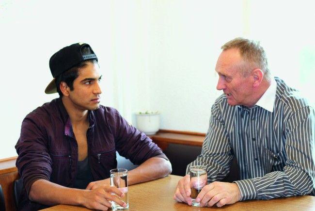 Peter Ammann ist für Nouman aus Afghanistan als Mentor ein wichtiger Wegbegleiter.
