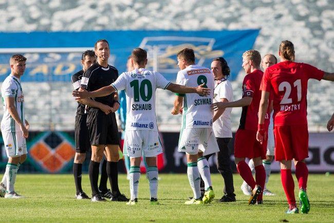 Auch das Bundesliga-Match zwischen Admira und Rapid Wien wurde unterbrochen.