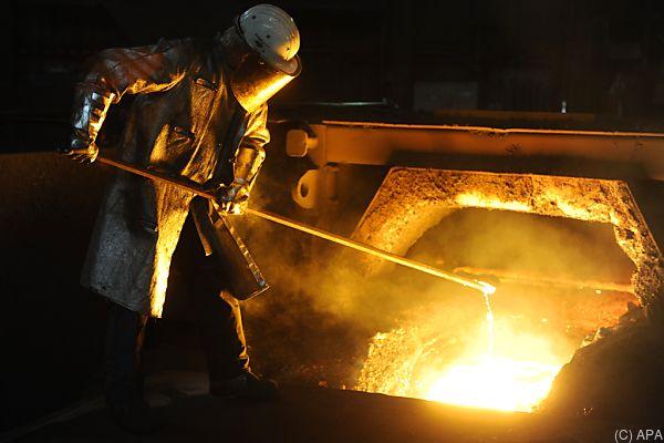 Stahlproduktion im Hochofen am voest-Standort Linz