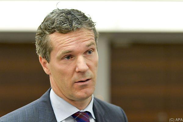 Christian Knill verhandelt für die Arbeitgeberseite