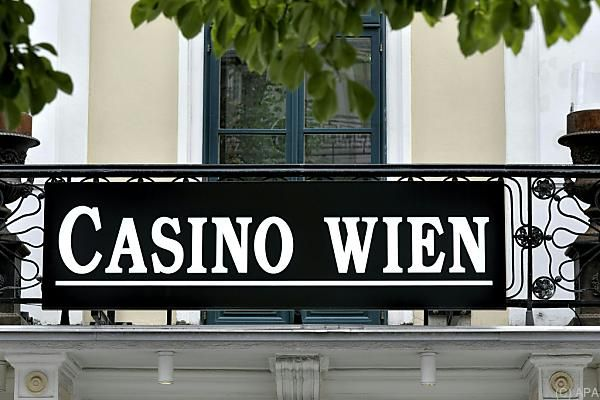 baue ein casino