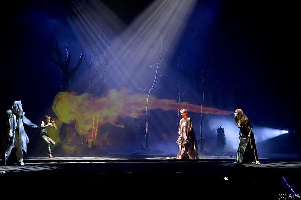 """Wild geht es zu im """"Sommernachtstraum"""" am Burgtheater"""