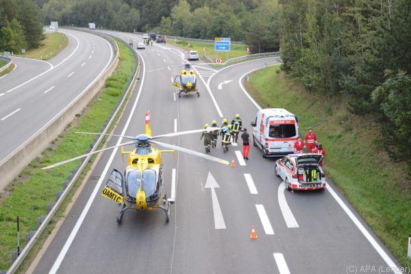 Die A21 war nach dem Unfall stundenlang gesperrt