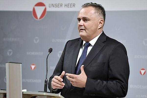 Minister Doskozil sieht in Cyber-Attacken eine große Gefahr