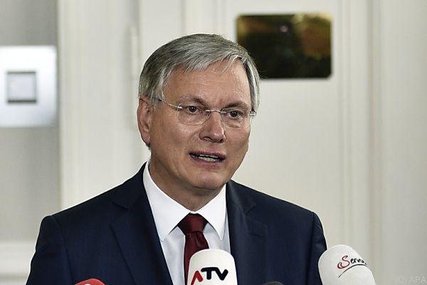 Sozialminister Stöger fordert ÖVP zum Handeln auf