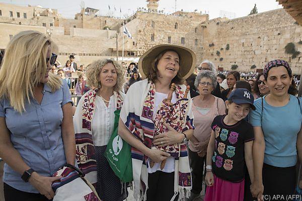 Partnersuche frauen israel
