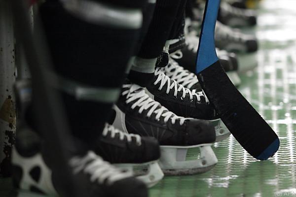 Eishockey: Salzburg verbessert, aber dennoch unterlegen