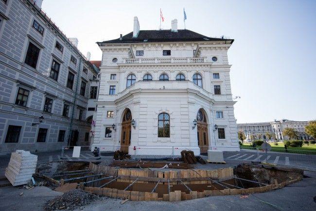Vor der Präsidentschaftskanzlei am Ballhausplatz in Wien entsteht nun doch keine Mauer