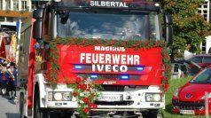 Silbertaler Feuerwehr feierte Fahrzeugweihe