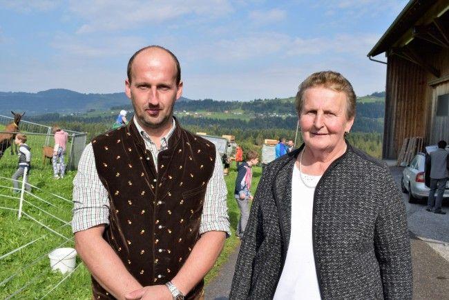 Die Gastgeber Maria und Gerd Steurer boten interessante Einblicke in ihren Hof.