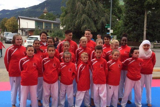 Taekwondo-Demoteam beim Fest der Kulturen in Ludesch