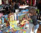 Großer Andrang bei Kleider- und Spielzeugbörse