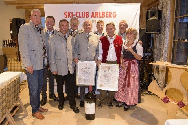 Die neu ernannten Ehrenmitglieder Mag. Manfred Strolz und Franz-Josef Mathies (Mitte).