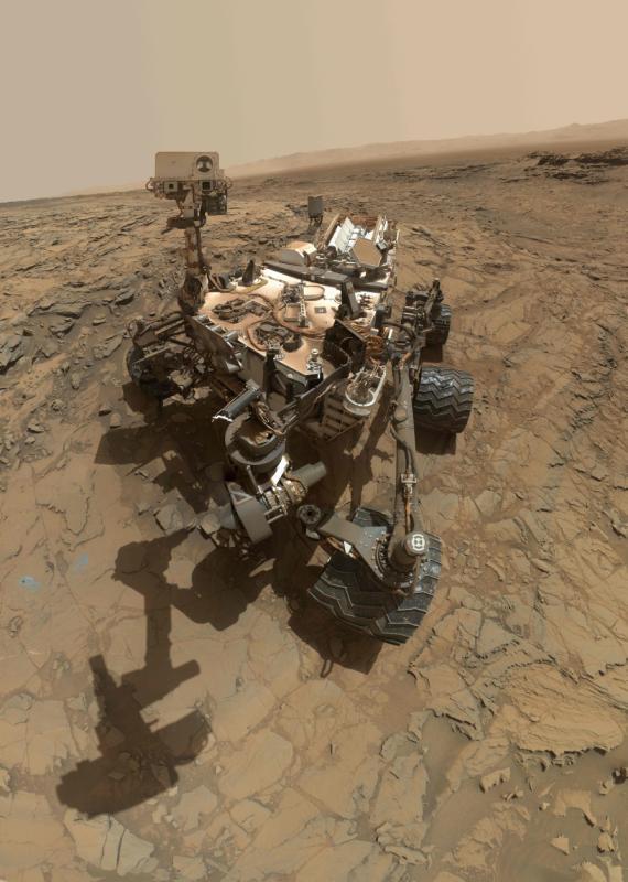 Der Curiosity Rover erklimmt die Berge auf dem Mars