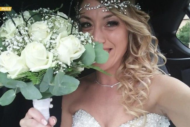Laura Mesi hat sich selbst geheiratet.