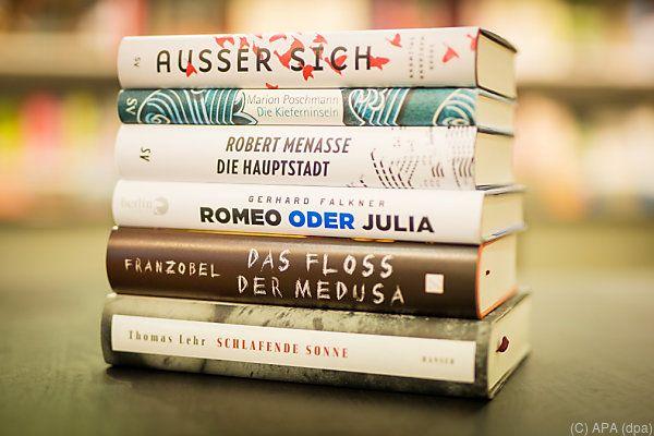 Sechs Romane stehen zur Auswahl