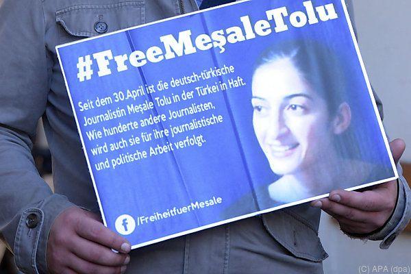 Journalistin Tolu drohen bis zu 20 Jahre Haft