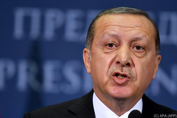 Erdogan kritisiert erneut die EU
