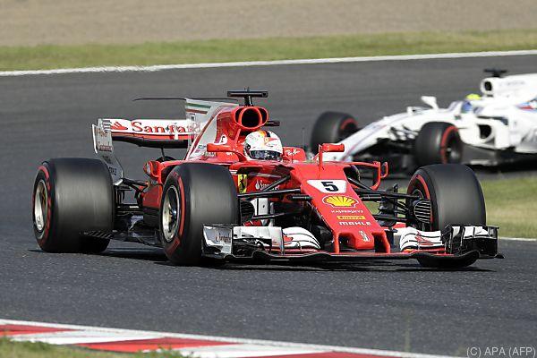 Wegen eines technischen Problems wurde Vettel an die Box gerufen