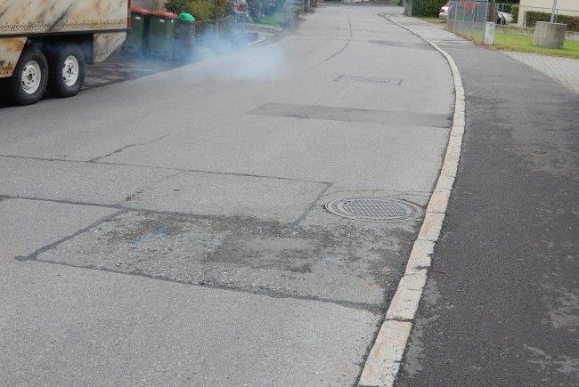 Der Straßenbelag auf der Haldengasse ist in einem äußerst schlechten Zustand.