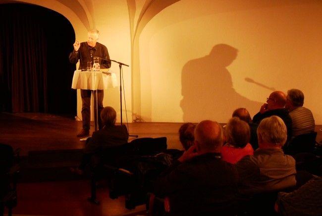 Mit Sachkenntnis und Einfühlungsvermögen forschte Manfred Geier dem Leben und Werk der beiden Philosophen nach.