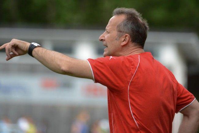 Sulzbacher tritt als Viktoria-Coach zurück