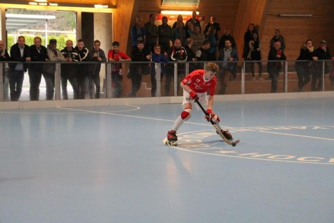 Spitzenspiel und Oktoberfest in der Hockey-Arena
