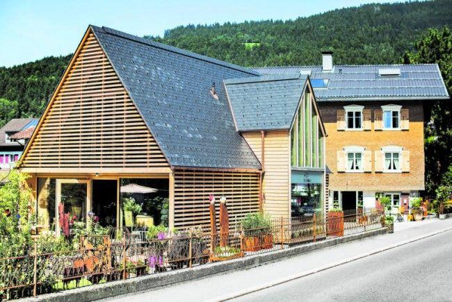 """Jürgen Beer hat sich in Bezau mit seiner """"Gartenwerkstatt"""" selbständig gemacht"""