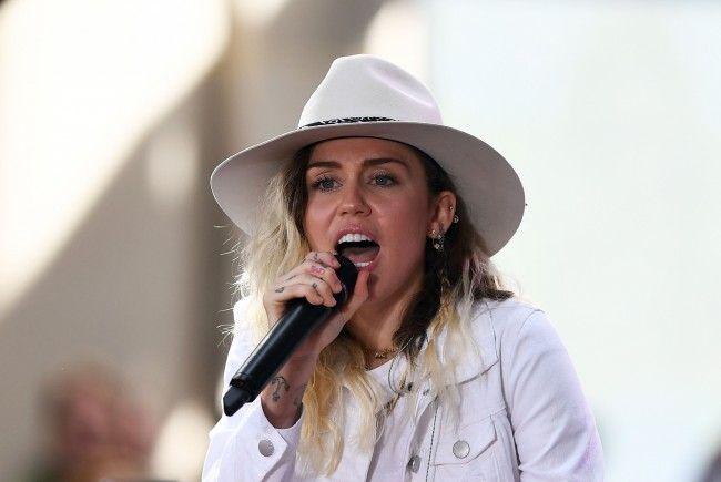 Miley Cyrus scheint endlich erwachsen geworden zu sein.