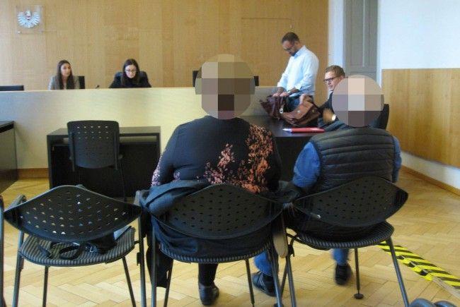 Recht impulsiv hatte sich das angeklagte Ehepaar eine Auseinandersetzung mit ihrem Nachbarn geliefert.